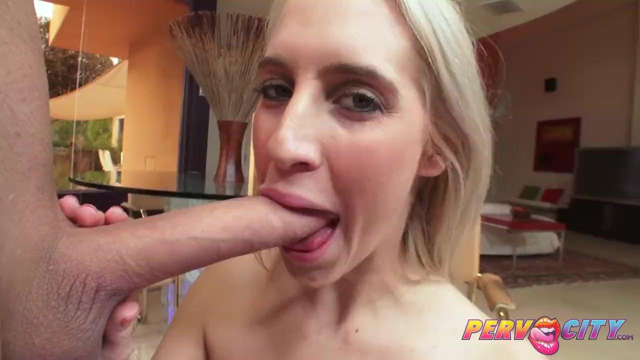 Pervcity babe heiß anal anal porno