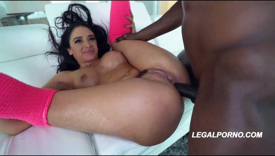 Khalifa mia blowjob porno XXX