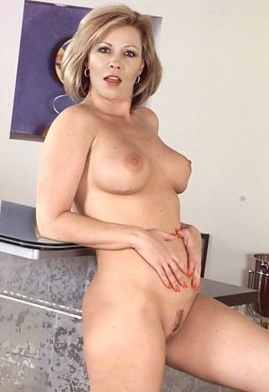 Sexy boob massagen latinas sexy bilder