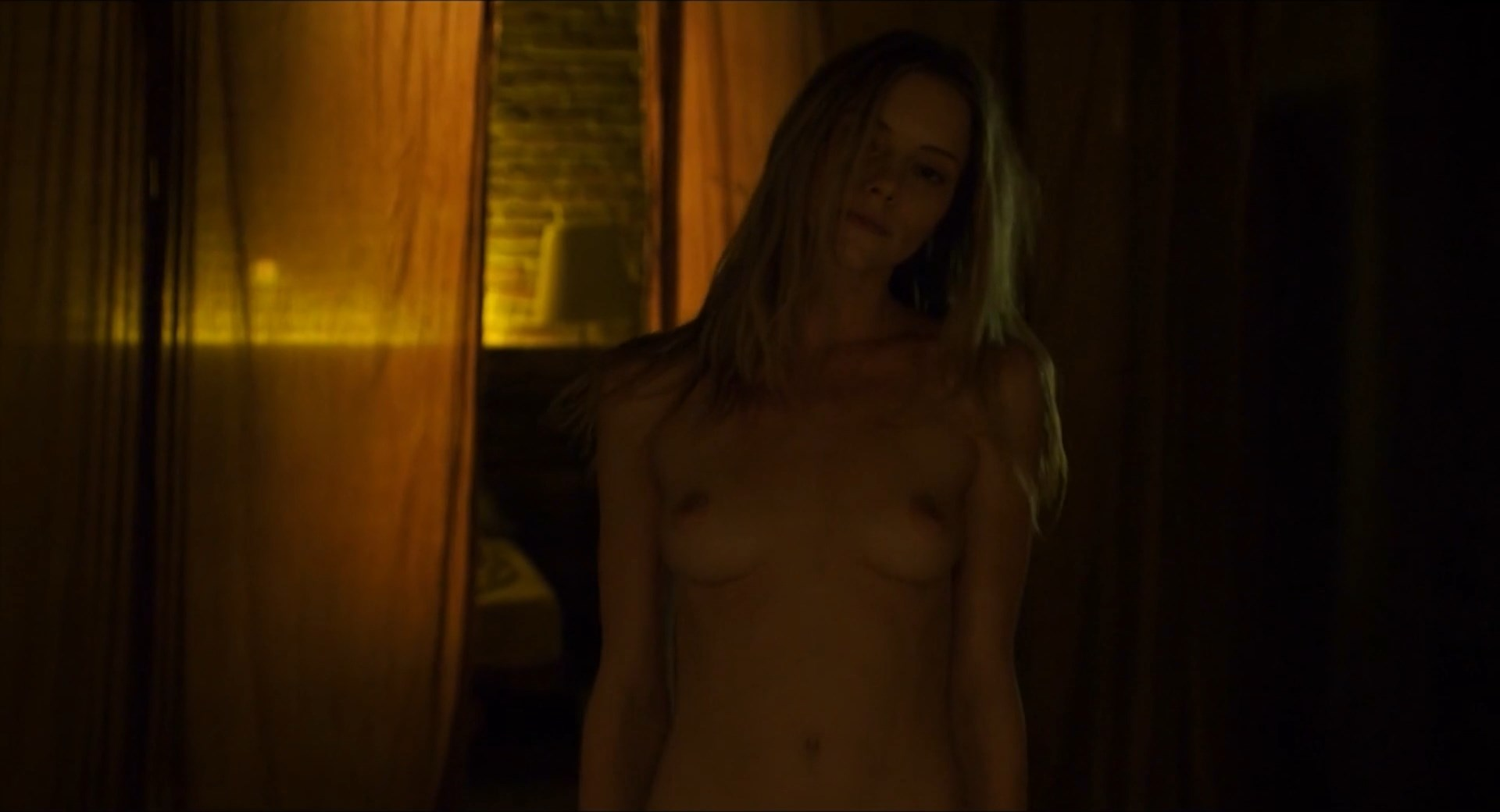 Elle evans nackt aznude foto 1