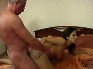 Französische familie tabu porno min foto 1