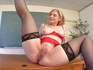 Nina Hartley Muschi Lecken