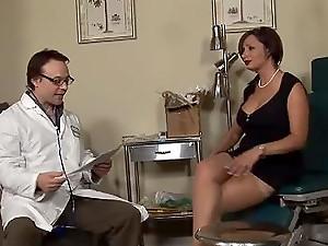 Doktor sperma in muschi porno