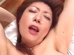 Asiatisches mädchen belästigte zugporno abuse