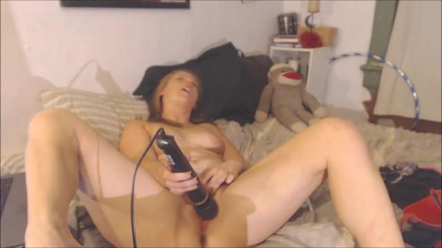 Reife puma milf masturbation gif