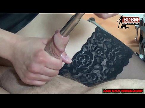 Bdsm fetisch mutter domina handjob foto 2
