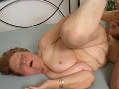Alte fette oma fickt porno foto 4