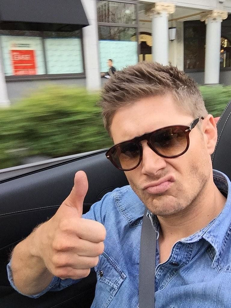 Jensen ackles gerade porno foto 4