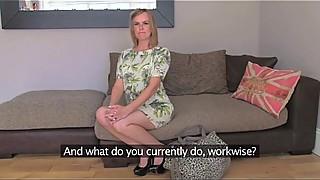 Casting schlampe auf casting couch porncasting foto 2