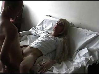 Schwiegermutter handjob porno