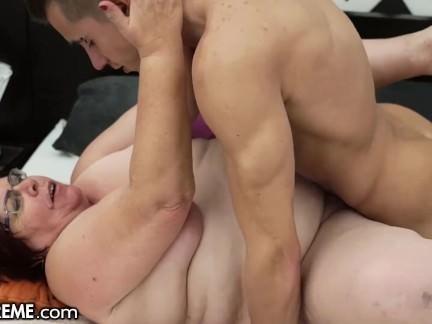 Alte fette oma fickt porno foto 2