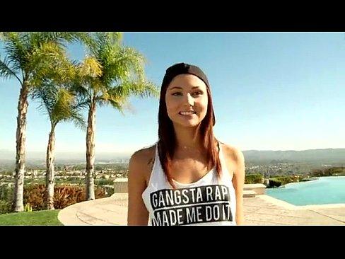 Ariana marie gangbang porno