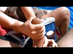 Strand handjob großen schwanz riesigen cumshot foto 1