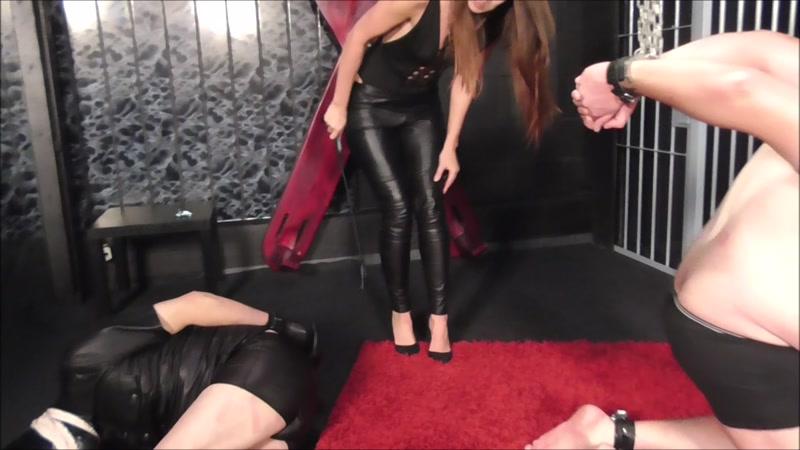 Skinny asian anal porno