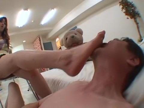 Bdsm fetisch domina footjob foto 1