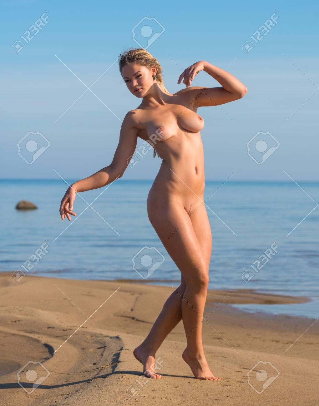 Strand porno nackt Kostenloses sex