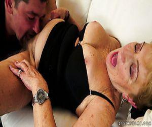 Pompini nonne italiane porno foto 2